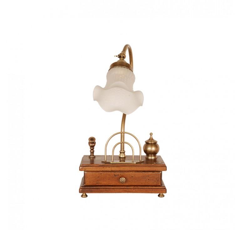 Настольная лампа 3528