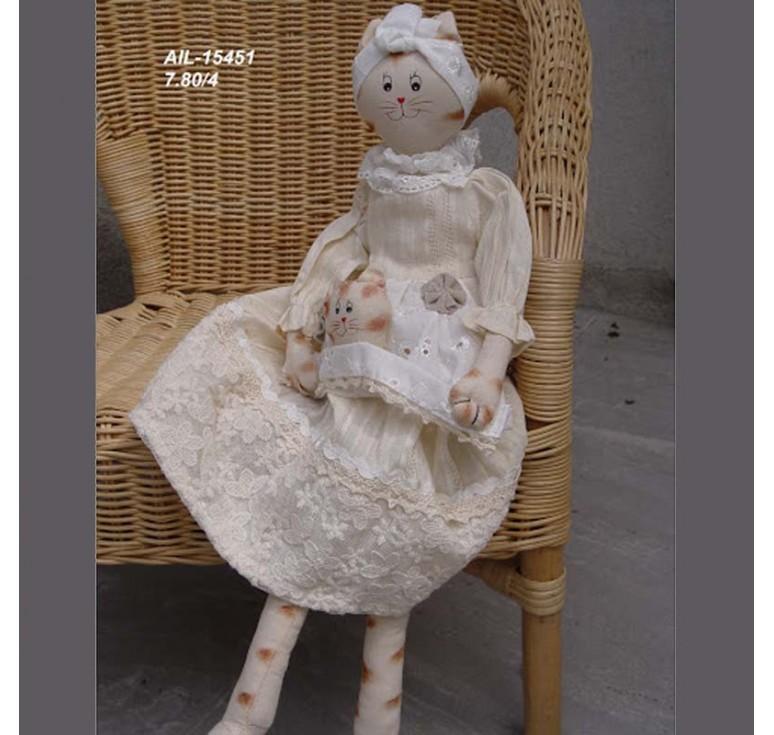 Кошка в кружевном платье с котёнком AIL-15451