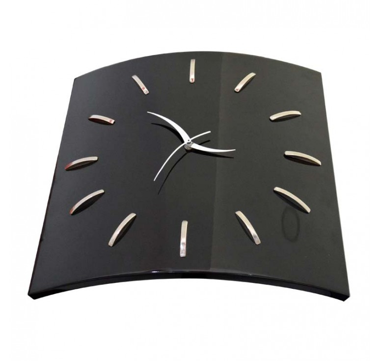 Часы настенные WW0200