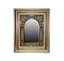 Настенное зеркало с фацетом O3680203